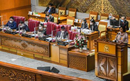 Penyampaian Tanggapan Pemerintah atas Pandangan DPR Soal RAPBN 2022