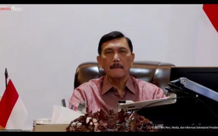 Evaluasi PPKM: Kasus Terkendali, Jokowi Wanti-wanti Gelombang Lanjutan