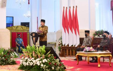 Jokowi: Indonesia Bisa Jadi Pemain Utama Ekonomi Syariah Dunia