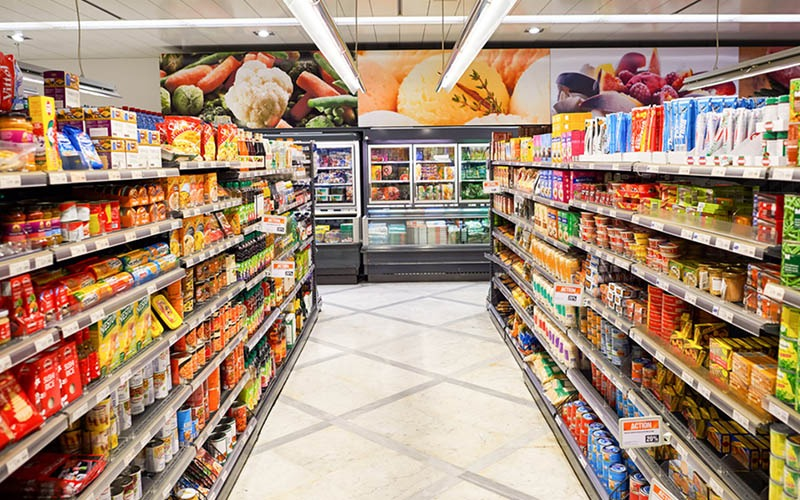 Tarif PPN Naik, Prospek Bisnis Minimarket di Negara ini Suram