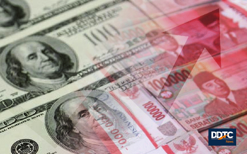 Rupiah Berbalik Menguat Tipis Terhadap Dolar AS