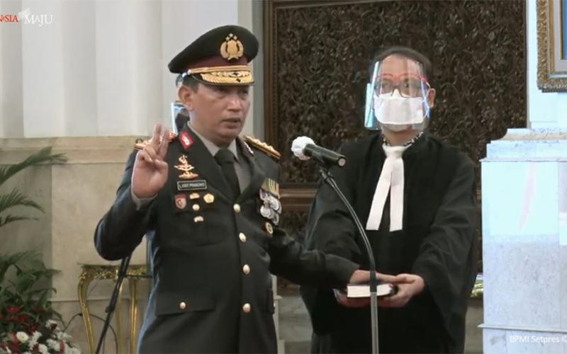 Jokowi Lantik Listyo Sigit sebagai Kapolri