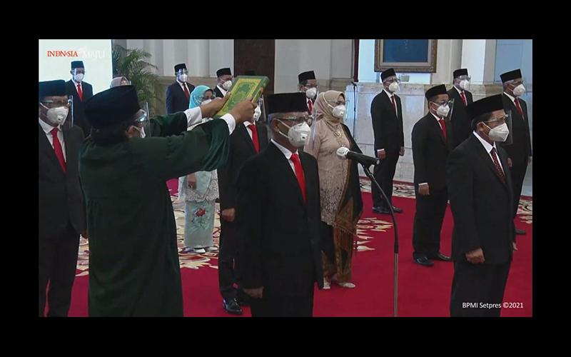 Jokowi Lantik Pejabat Baru BPJS Kesehatan dan BP Jamsostek