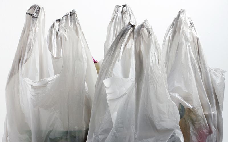 11 Negara Ini Kenakan Pungutan Plastik Secara Nasional