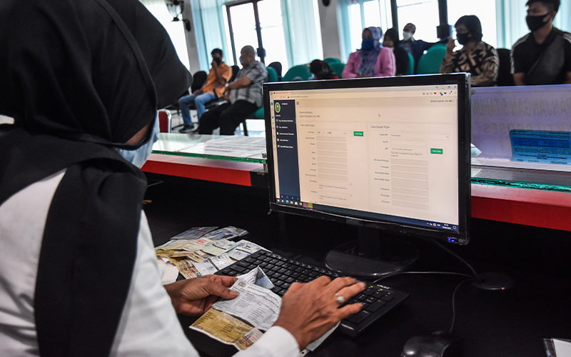Samsat Drive Thru Diluncurkan, Warga Diminta Tak Malas Bayar Pajak