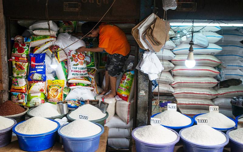 Sri Mulyani: Pemerintah Tidak Kenakan Pajak Sembako Pasar Tradisional