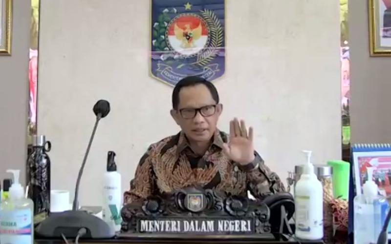 Tito Karnavian Minta Pemda Tidak Tahan Belanja APBD