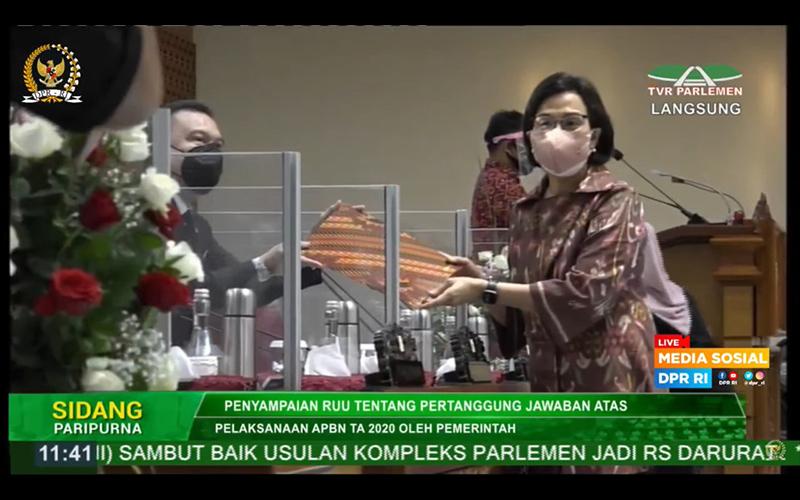 Sri Mulyani Serahkan RUU P2-APBN 2020 kepada DPR