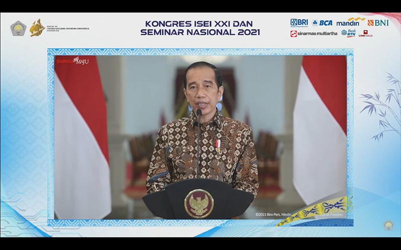 Jokowi: Waspadai Dampak PPKM terhadap Ekonomi Kuartal III dan IV