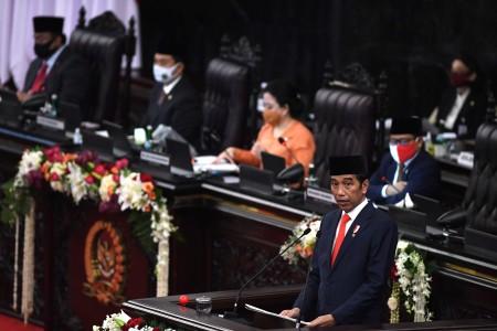 Gigi Rendah Target Pajak 2021