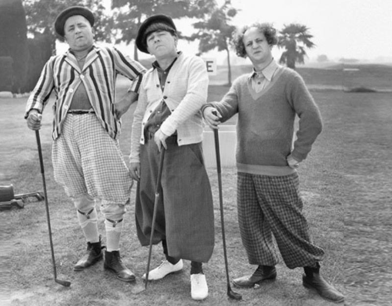 Menunggu Main Golf