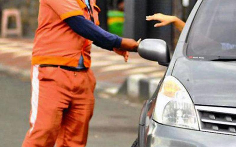 Bapenda Usulkan Pajak Parkir Berlangganan dengan Kartu