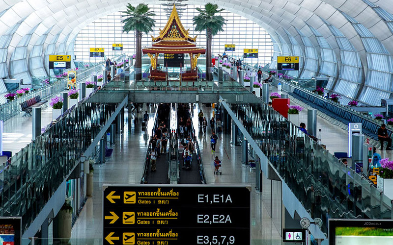Rencana Pemungutan Pajak Turis Ditunda
