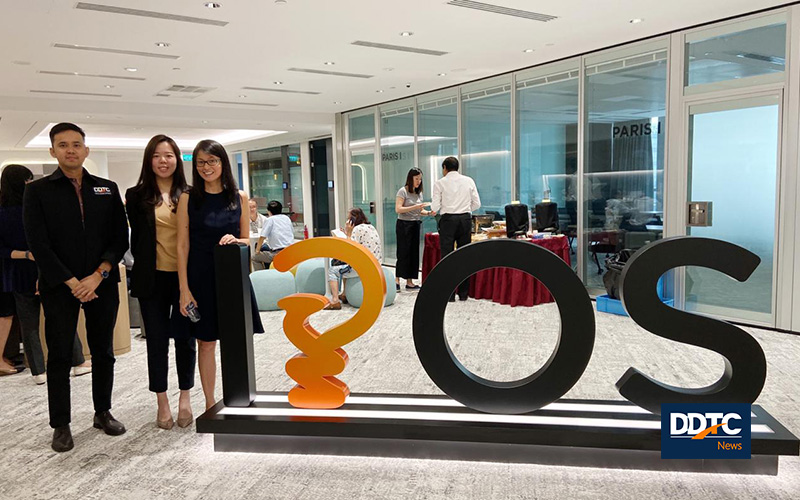 Dua Profesional DDTC Mengikuti Kursus Lisensi IP di Singapura