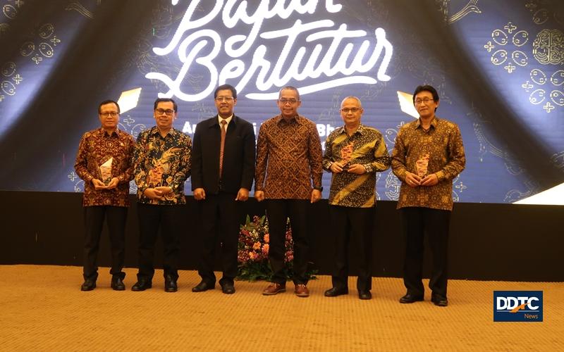 Sambut Hari Guru Nasional, DJP Beri Penghargaan Edutax