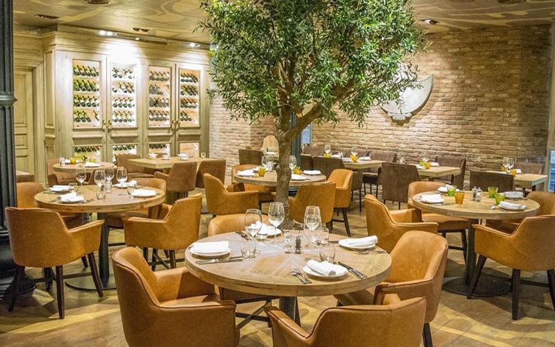 Dilarang Layani Makan di Tempat, Restoran Tuntut Setoran PPn Ditunda