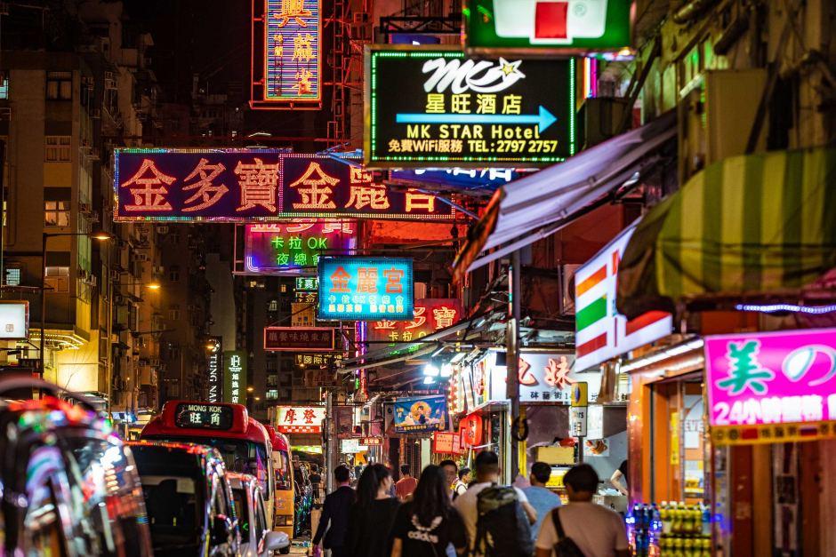 China Mulai Tagih Pajak Ekspatriat di Hong Kong dan Makau
