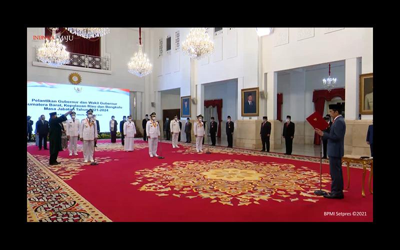 Hari Ini, Jokowi Lantik 3 Gubernur Sekaligus
