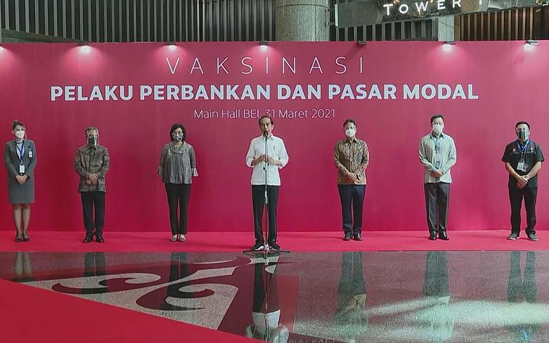Vaksinasi Pelaku Pasar Modal dan Perbankan, Ini Pesan Presiden Jokowi