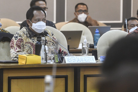 Mendagri Minta Daerah Genjot PAD Tanpa Beratkan Rakyat