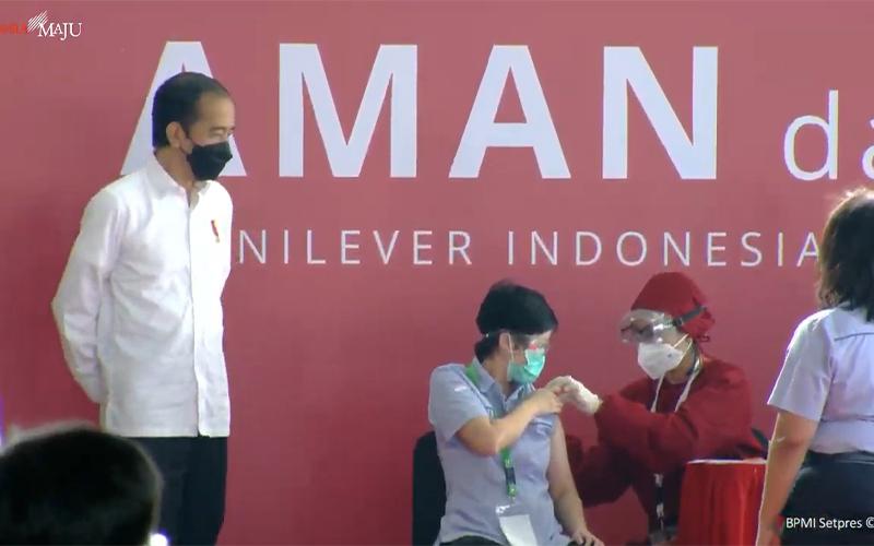 Vaksinasi Mandiri Dimulai, Jokowi Optimistis soal Pemulihan Ekonomi