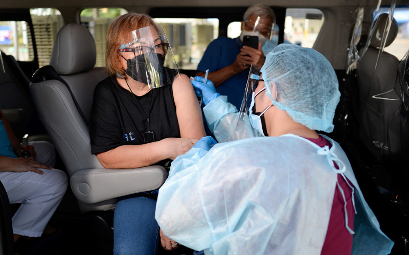 Percepat Vaksinasi Pekerja, Pemerintah Diminta Siapkan Insentif Pajak