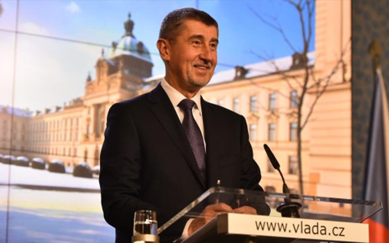 Kebijakan Pajak Jadi Polemik, Perdana Menteri Digugat Oposisi