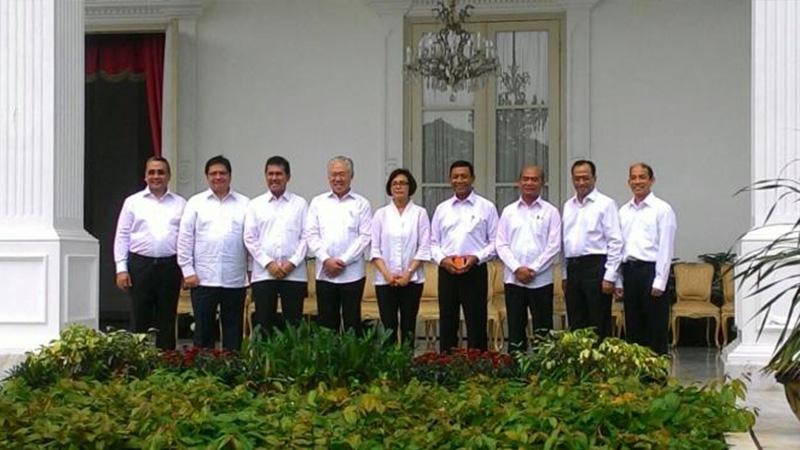 Jokowi Resmi Lantik 12 Menteri Baru