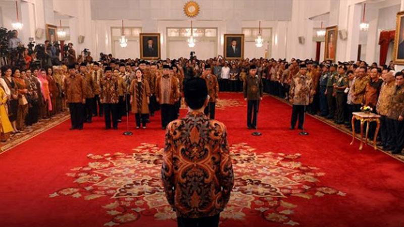 Ini Alasan Jokowi Me-reshuffle Kabinet