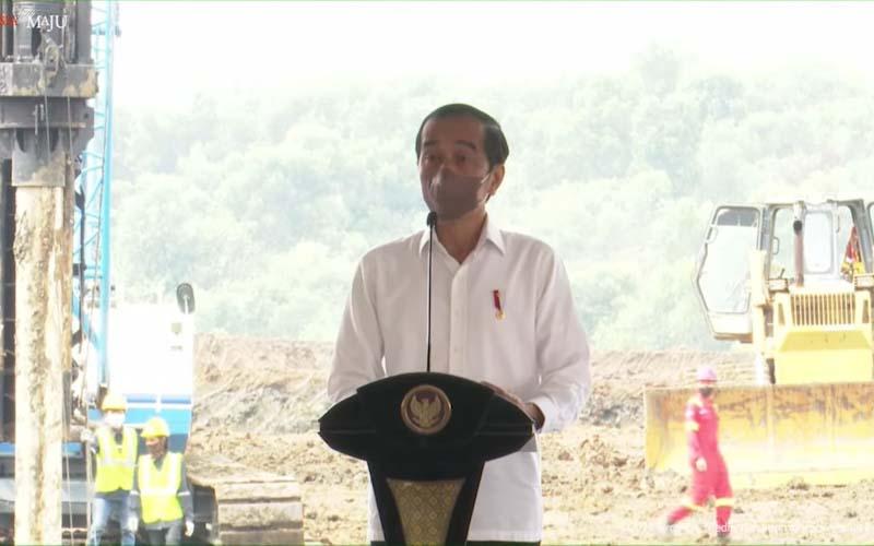 Pabrik Baterai Mobil Listrik Mulai Dibangun, Jokowi Tebar Insentif